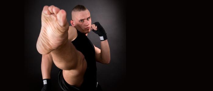 MMA Kick strike